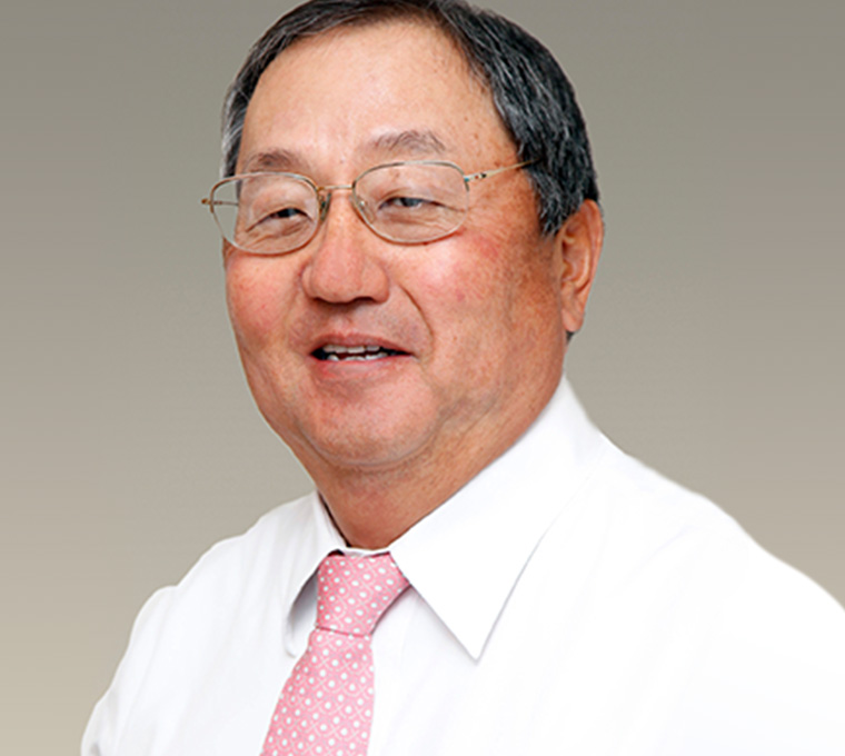 Dr. Stephen Hiuga, M.D.